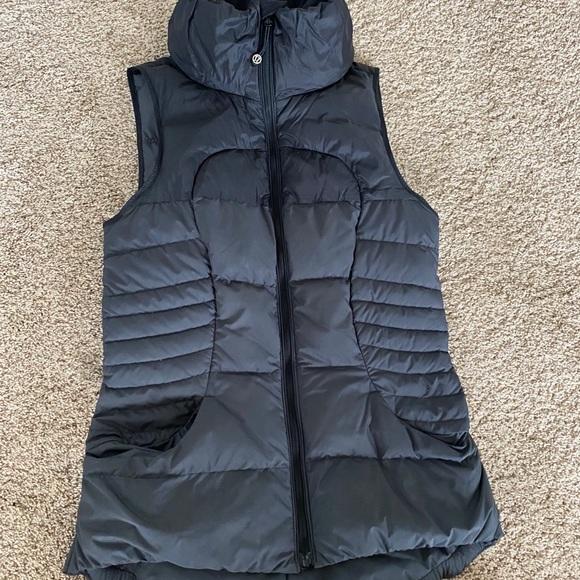 Lululemon Black down vest size 6